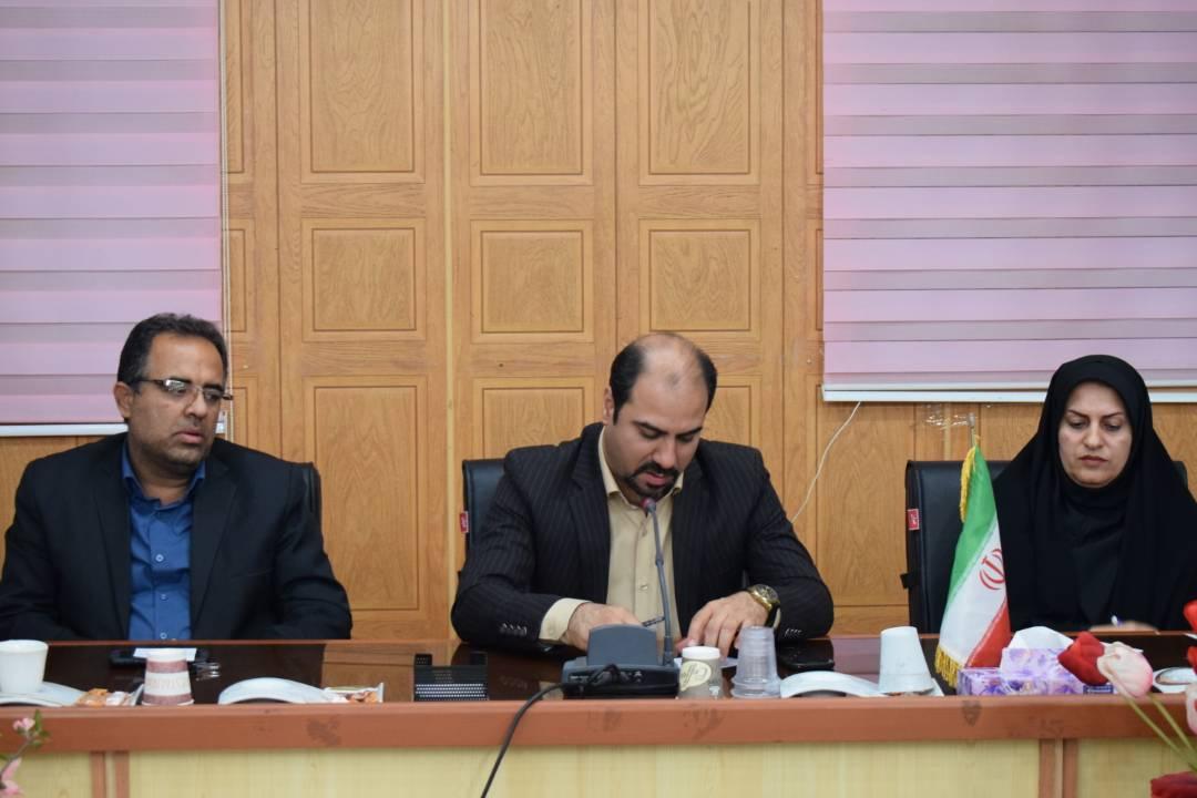 گزارش تصویری نشست  مسولین سازمان های مردم نهاد با مدیر کل امور اجتماعی و فرهنگی استانداری