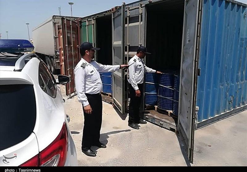 ۱۳۵ هزار لیتر نفت سفید قاچاق در بندر بوشهر کشف شد+تصاویر