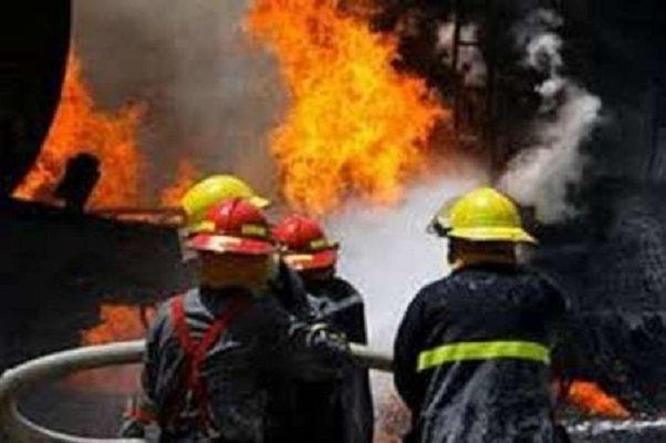 آتشسوزی در مدرسه/ دانشآموزان نجات یافتند؛