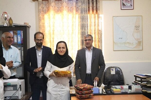 جشنواره غذای سالم در شهرستان گناوه برگزار شد