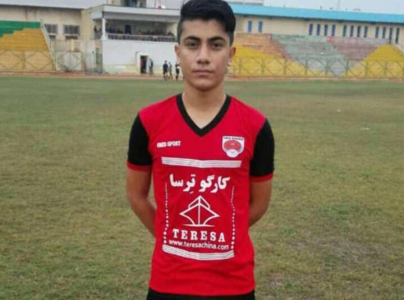 فوتبالیست جوان گناوه ای به اردوی تیم ملی دعوت شد