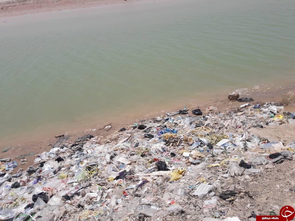 ساحل گناوه در تسخیر فاضلاب های شهری