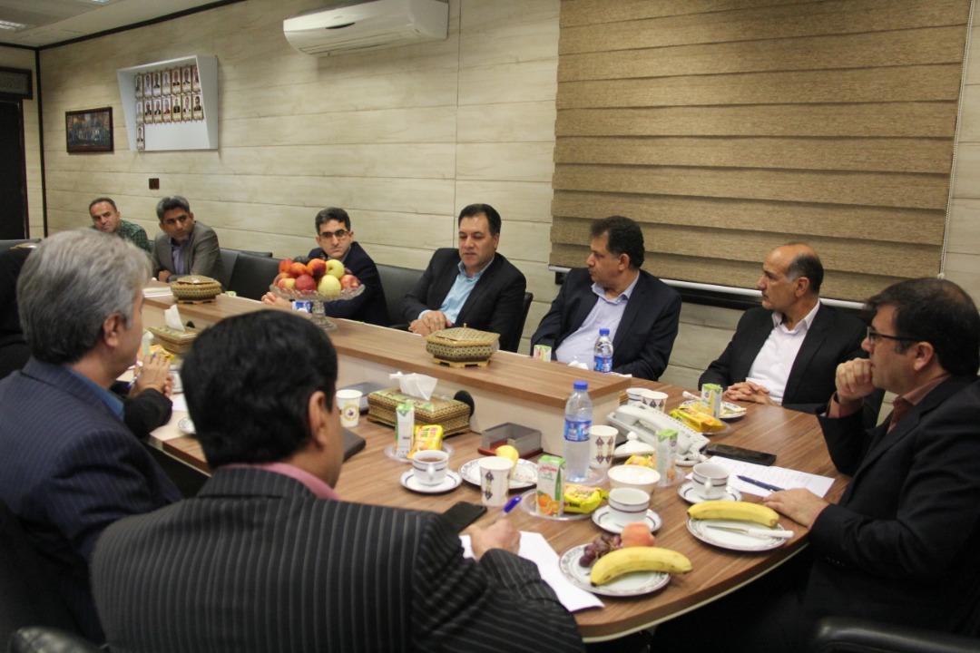 نشست ناظر گمرکات استان بوشهر با مدیر کل اداره استانداردو تحقیقات صنعتی