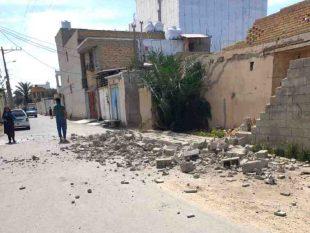 زلزله برق ۳۰۰ مشترک را درگناوه قطع کرد