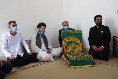 اهدای یک منزل مسکونی  در روستای بنیون تنگستان با حضور خادمان امام رضا(ع)