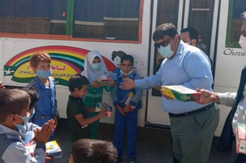 کتابخانه های سیار روستایی کانون پرورش فکری استان بوشهر تجهیز شدند